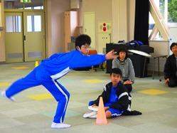 スポーツレクリェーション部の練習